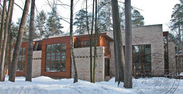 Дерев яні будинки з клеєного